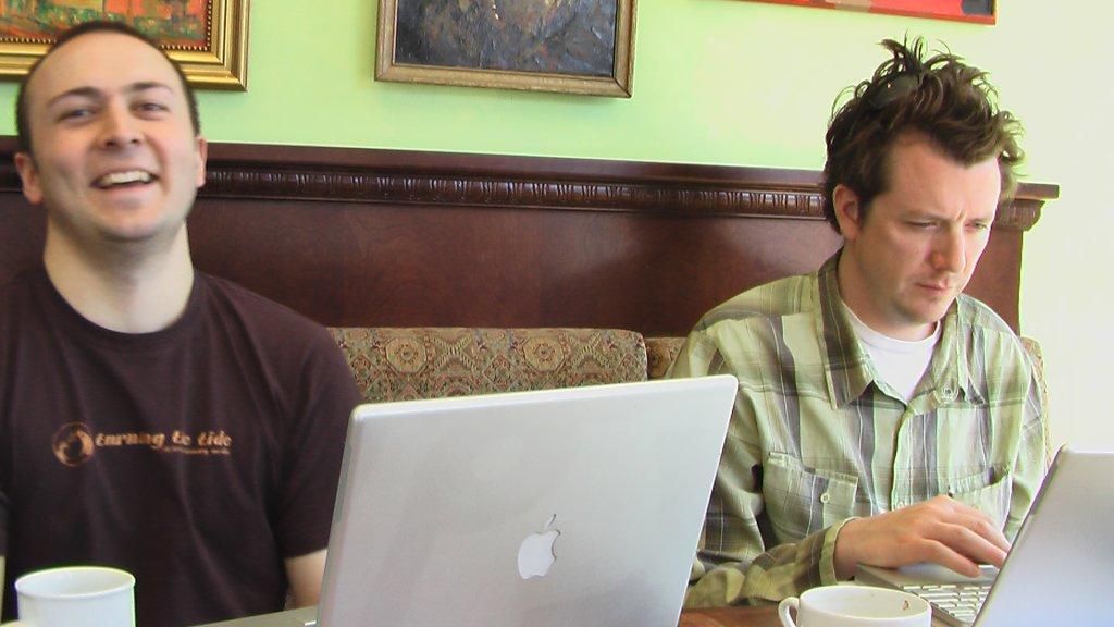 ISF photo d'une histoire sans fil au CaféO
